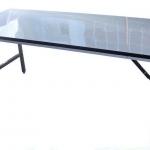 โต๊ะหน้าขาว