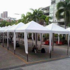 ให้เช่าเต็นท์ขนาด 3×3 เมตร ทรงปิรามิด เต้นท์สีขาวสะอาด